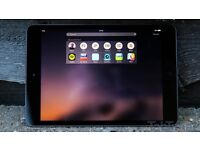 iPad 16gb black and grey