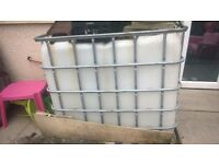 1000 liter ibc water barrel container pressure washings or field use for farm or horses