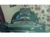 REEBOK ZR10 TREADMILL. EXCELLENT CONDITION, LITTLE USED