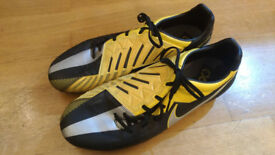 Nike Total 90 Strike IV FG Mens Football Boots Black/Yellow UK 12, EU 47.5