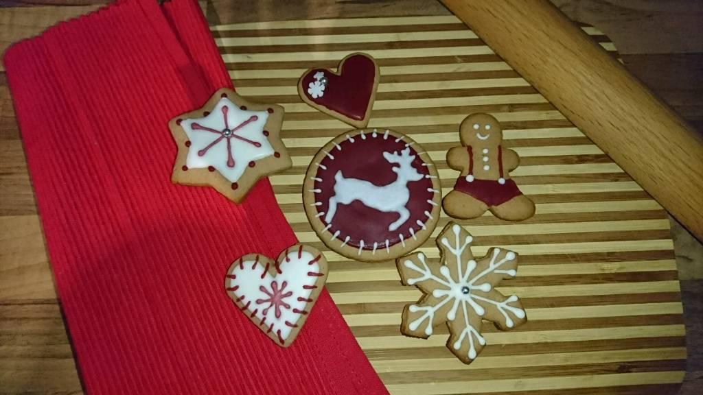 Gingerbread Christmas Biscuits Cookies 6x