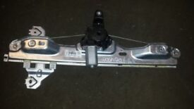 GENUINE NISSAN QASHQAI 2016 5 DOOR REAR N/S PASSENGER WINDOW REGULATOR 82701 4EA0A