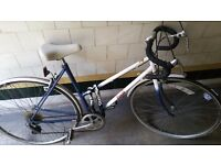 Vintage 1980's Ladies Raleigh Topaz Road Racing Bike