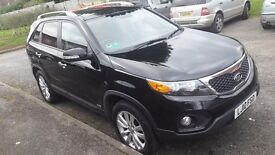 kia sorento KX3 2.2 crdi in black. automatic. 4x4, mot aug 17, new battert, ne