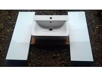 sink and splack back tiles - NEW