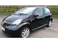 TOYOTA AYGO BLACK EDITION £2495 1 OWNER FULL HISTORY