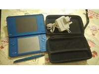 Nintendo DSi Blue with Charger, Case, Pen in working condition