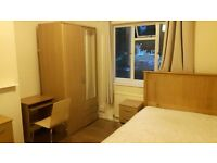 Nice and comfortable double room in Putney