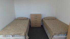 ROOM FOR SINGLE USE AVAILABLE NOW!! ALL BILLS INCLUDED!! NO DEPOSIT SHORT TERM 3 WEEKS! ONLY 125£ PW