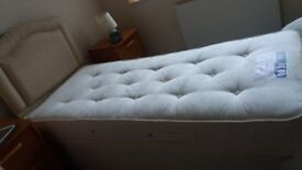 Dreams 3ft Electric Bed with Headboard