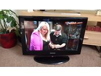"Samsung 26"" LCD Tv with built in freeview"