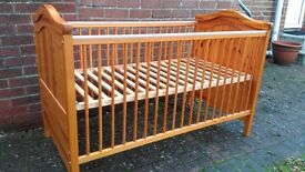 Mothercare Windsor cot/bed