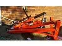 Engine crane/hoist