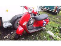 Piaggio vespa lx50 moped /scooter a wonderful Christmas present