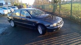 BMW 528i se , 2001 model, rare manual,mint condition ,full history ,oct 17 test,superb car £999