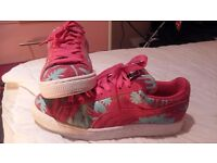 Pink and blue puma suedes size uk 6