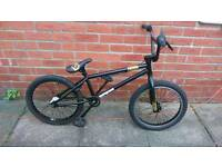 Mongoose Bmx bike 20 inch wheels good working condition and ready to ride,