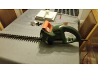 black and decker hedge trimmer GT250