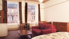 Super large bedsit room to rent in shared flat, glasgow west end, only £425 including most bills