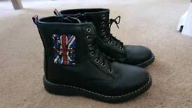 Boots size 33 / 1