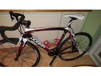 pinarello dogma 60.2 Road bike very well maintained Low milage!