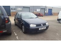 VOLKSWAGEN GOLF 1.6 MOT TILL END OF YEAR. STARTS AND DRIVES REALLY NICE CONDITION IN & OUT £595