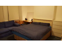 Large double room for one person is available for rent in Clapham Junction