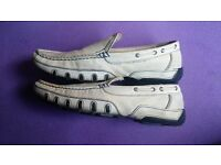 Leather Loafers White Cream Casual Mens Size 8
