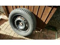 *Almost new* Michelin tyre and wheel 195 / 65 r15 ford vauxhall etc
