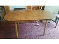 Extendable Real Wood Dining Table for 4 or 6 people