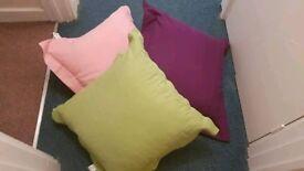 3 cushions 60x60cm