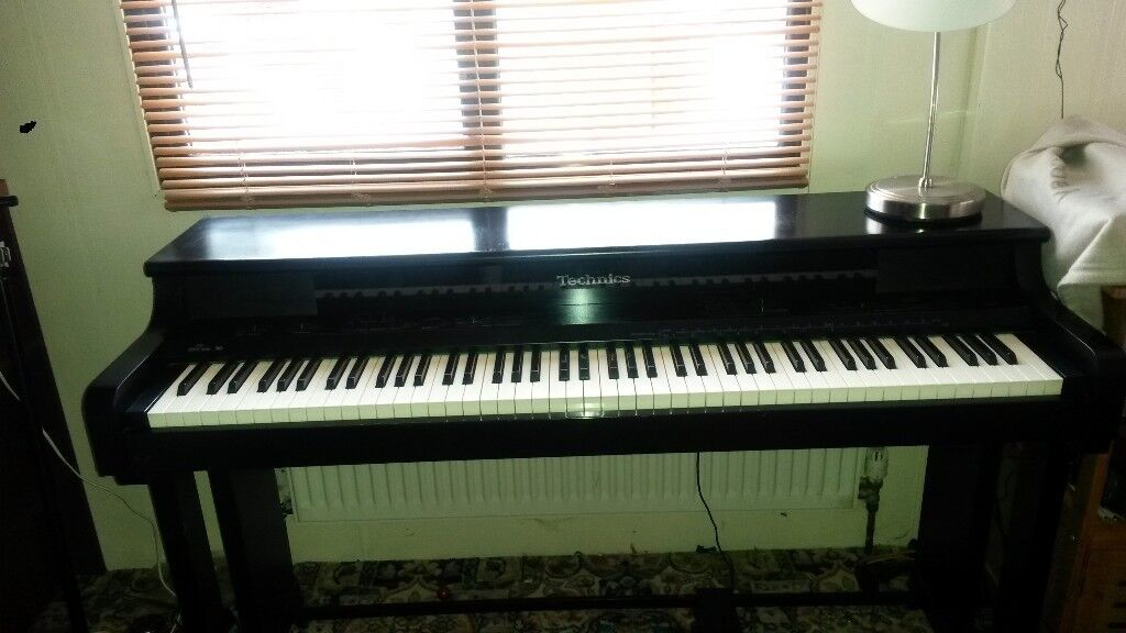 TECHNICS full size Digital piano PX9 with Tremolo Chorus ,weighted keys,  transpose and midi in out  | in Bewdley, Worcestershire | Gumtree