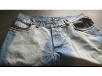 D&G jeans 36r