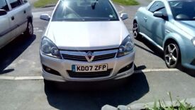 vauxhall astra sri 1.8 with sports button