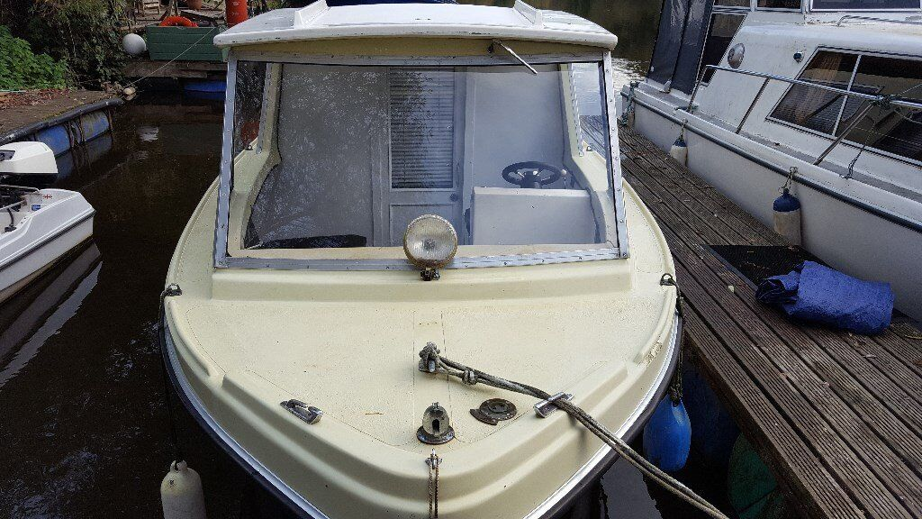 narrow boat trentcraft 26ft inboard diesel hampton safari dawncraft cannal crusier