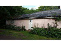 COUNTRY LIVING - Beautiful studio annex flat - in a unique, RURUAL cottage. NO COUPLES, NO PETS!