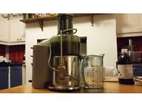 Sage juicer by Heston - silver - very good condition