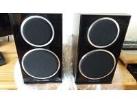 Wharfedale Diamond 220 Bookshelf Speakers Walnut Pearl in Original Packaging