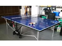 FOLDING INDOOR / OUTDOOR TABLE TENNIS TABLE FOR SALE