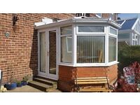 conservatory 3x3 mtrs with blinds buyer to take down