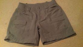 North Face hiking shorts size 8