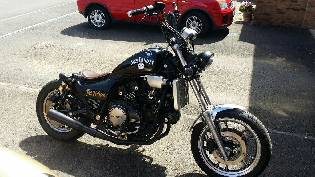 Honda Magna V65 1100cc Bobber 1984 Rare Bike