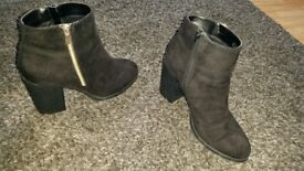 New look size 9 ankle boots