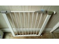 Lindam baby / child gate
