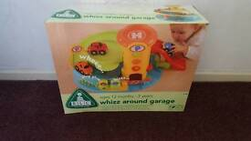 Early learning play garage