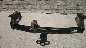Class 2 hitch that fits Jeep Liberty Windsor Region Ontario image 1
