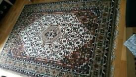 Wool rug 153 cm x 173cm