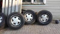 """16"""" aluminum rims GMC with tires"""