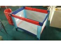 Folding play/sleep pen