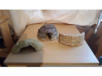THREE ORNAMENTS FOR A VIVARIUM OR AQUARIUM-FISH TANK-CAVE-WALL-HUT-MADE OF STONE